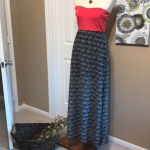 XL Strapless Maxi dress 👗